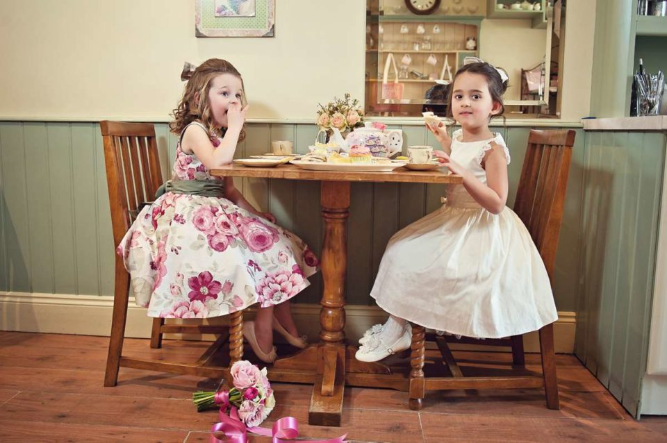 Flower Girl Dresses: Color Recommendations You Need to Know About