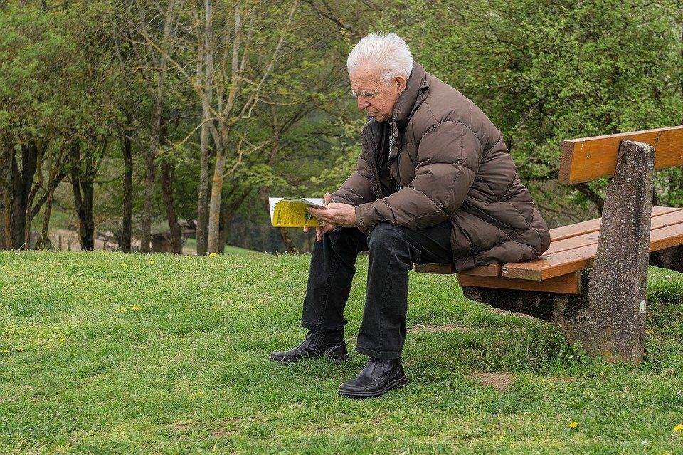 5 Strategies for Helping Aging Parents Without Taking Over